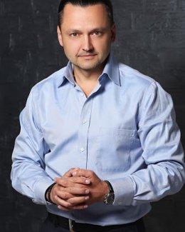 Адвокат по 228.2 Нарушение правил производства, хранения и отпуска препаратов – Королёв Макар Иванович